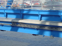 2 STS gantry cranes with secondary trolleys (ship to shore)